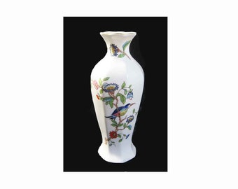 "Aynsley Pembroke Fine English Bone China Vase, Bird & Floral, Gold Trim, Classic Silhouette, Reproduction of 18th Century Pattern, 7"" Tall"