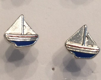Sail Boat Stud Earrings - O57