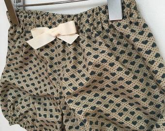 Baby bloomers shorts elastic hearts beach vintage