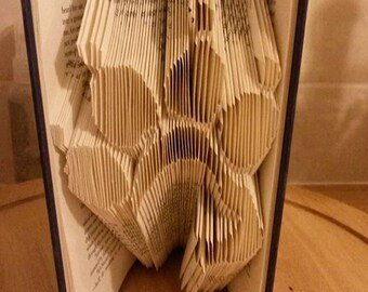 Paw with dog book folding pattern