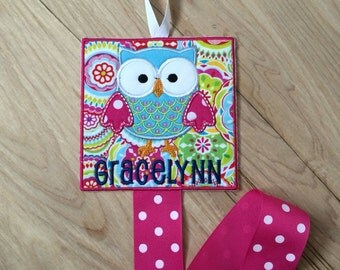 Large Square Owl Bow Holder - Personalized Hairbow Holder - Owl Hair Bow Holder - Embroidered Bow Holder