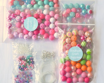 10 necklace chunky bead party kit for girls, Kids craft kit, Baby shower crafts, Jewelry making birthday party, Bubblegum necklace activity