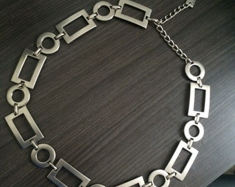 Silver Rectangle & Circle Metal/Chain Belt