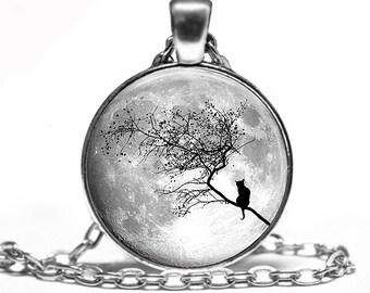 Full Moon cat Handmade Pendant Necklace