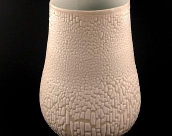 Crawl Porcelain Cup