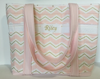Big 5 outer pocket tote bag with name!