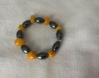 Hematite and Gold bead bracelet