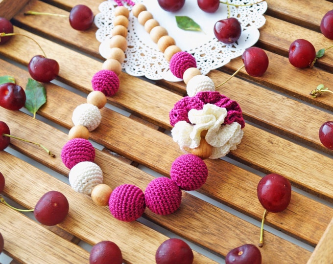 Nursing necklace / Teething necklace / Babywearing necklace - Cherry jam
