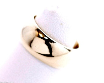 Stunning! Thick 8mm Wide, Heavy 10.9 gram! Solid 14k Yellow Gold Ring size 5.5