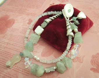 Aquamarine Bracelet with pearl and moonstone.
