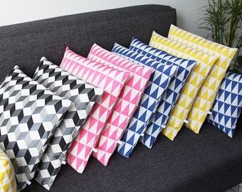 Housse de Coussin - Modèle Triangles (design graphique, style scandinave, géométrique)