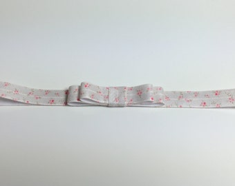Fold Over Elastic Hairband with bow  -  pink flowers on white