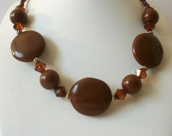 ON SALE Vintage Brown Faceted Plastic Beads Necklace 92716