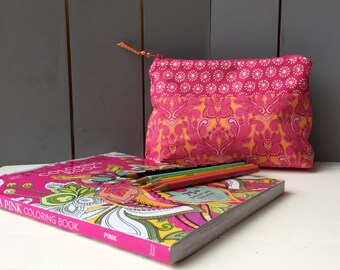 Zippered pencil pouch/cosmetics/bag carry-all