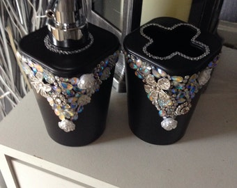 Bathroom set, toothbrush holder, soap dispenser, hand crafted, blingy, decorations for the bathroom