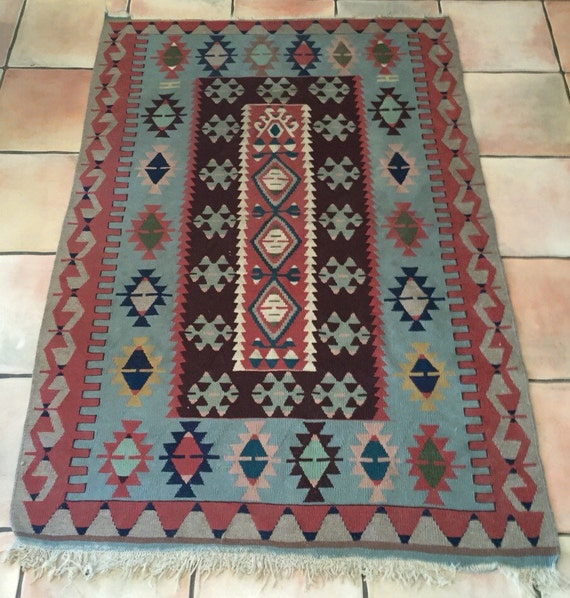 Art Kilim Wool Rug: Turkish Kilim Rug Woven Wool Vintage