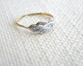 antique ART DECO 18ct gold Platinum ring with diamonds ~ delicate ~ inA1240