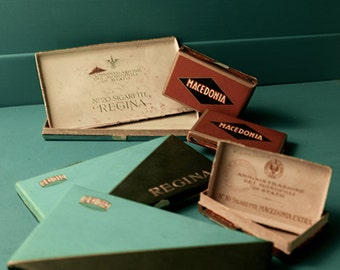 6 Collectible italian packs of cigarettes, Antique Macedonia and Regina packs