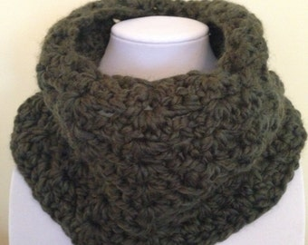 Gorgeous Hand Knitted Neck Scarf