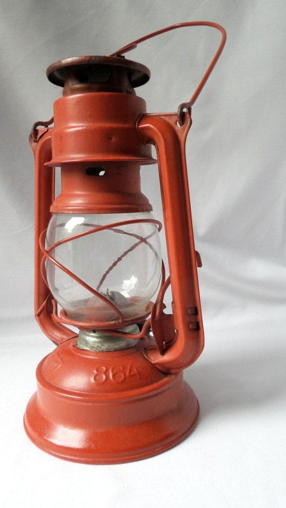 lampe temp te meva lampe p trole tchecoslovaquie lampe. Black Bedroom Furniture Sets. Home Design Ideas