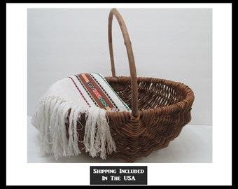 Rustic Melon Basket Hand Woven Vines Eight Ribs Branch Handle