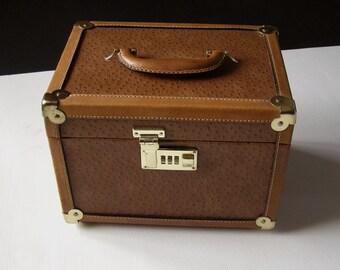 Vanity box leather vintage 70