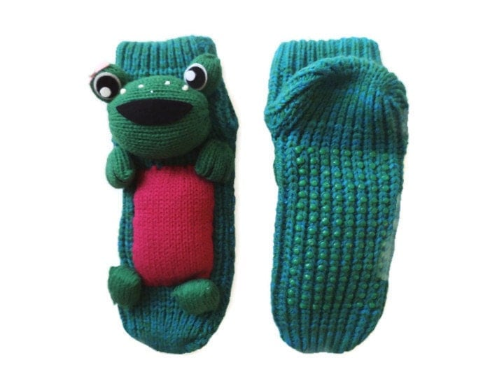 Knitting Pattern For Frog Slippers : Frog slippers Knit unique socks socks with animal costume