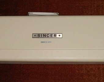 Singer Knitting Machine - Model 360K - Excellent Condition