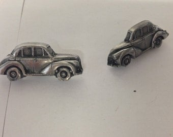 "Morris Minor 4 Door Saloon "" Late Model"" 3D cufflinks classic car ref167"