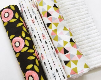 baby girl burp cloths / burp cloth set / floral burp cloths / pink burp cloths / geometric / baby shower gift / Macie + Me