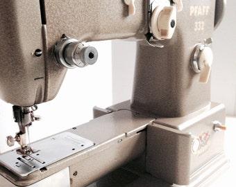 Pfaff Sewing Machine 332 - SAVE 15% THIS WEEKEND - Vintage - Industrial