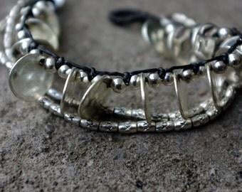 Oval Pitu - Handmade Bracelett
