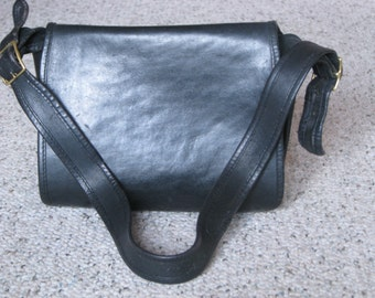 Classic Vintage Black Coach Saddle Bag - 1970's