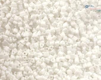 TOHO 11/0 Triangle Beads - Matte Color Opaque White [TG-11-761]