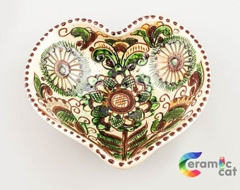 Ceramic heart shaped bowl.Beautiful  hand painted bowl, handmade pottery,decorative bowl, housewarming gift, colorful dish[CC-1]