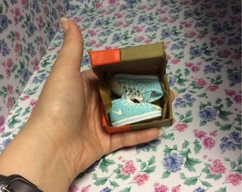Sinny's hand made dollhouse Miniature Nike sports shoes with box