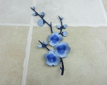 Embroidered Flower Patch Iron/Sew On