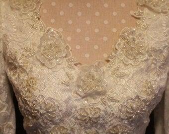 Vintage Enzio Lace and Beading Wedding Dress Size 6.