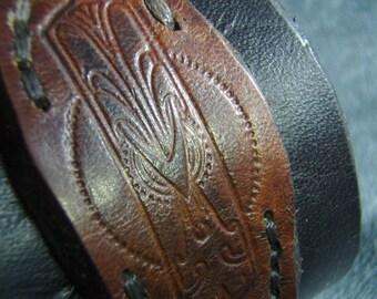 Leather cuff black and tan