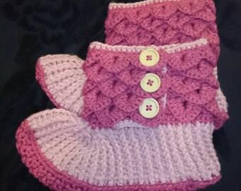 Crocodile Stitch Slipper Boots