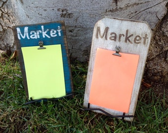 Distressed Market sign with stand, fast shipping, fence wood,kitchen, memo board, market, grocery, honey do list, love notes