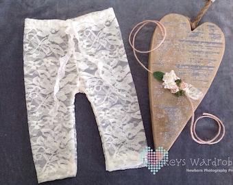 Girls 'Elena' newborn pant & floral tie back set.