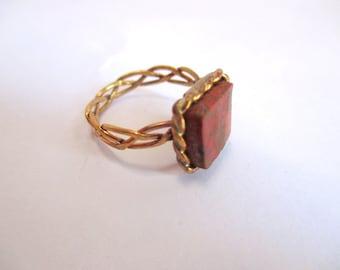 Brass pleated wire & Cuprite ring
