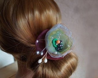 Woman's Hair clip/ Wedding accessory /Wedding hair accessory /bridal hair accessories /green and red accessory /small fascinator