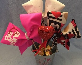 V-day bowquet 3 bows