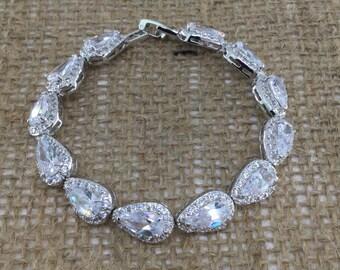 Tear Drop Bracelet, Sparkly Bracelet, Cubic Zirconia Bracelet, Wedding Bracelet, Bridal Bracelet, Bridesmaid Bracelet, Wedding Accessories