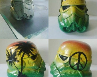rasta stormtrooper helmet display