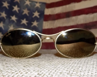 A Pair of Vintage Retro Ray-Ban W2307 Orbs Ellipse Gold Mirror Sunglasses with Case