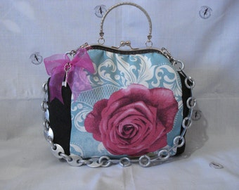 Roses vintage handbag