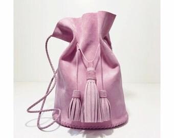 Lilac bucket bag